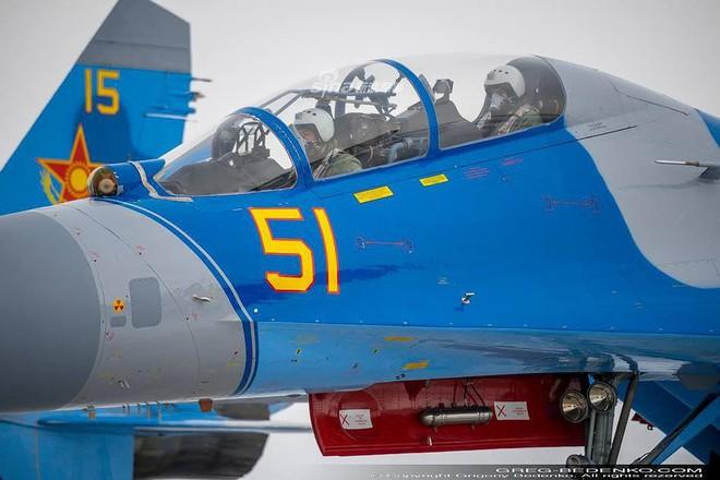 [ẢNH] Phi công Nga đích thân lái Su-30SM nội địa bàn giao cho đồng minh thân thiết - Ảnh 17.