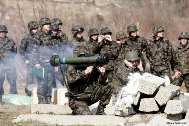 Ảnh: Uy lực đáng nể của súng chống tăng MATADOR - Ảnh 3.