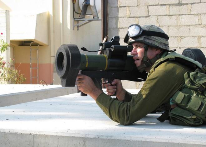 Ảnh: Uy lực đáng nể của súng chống tăng MATADOR - Ảnh 8.