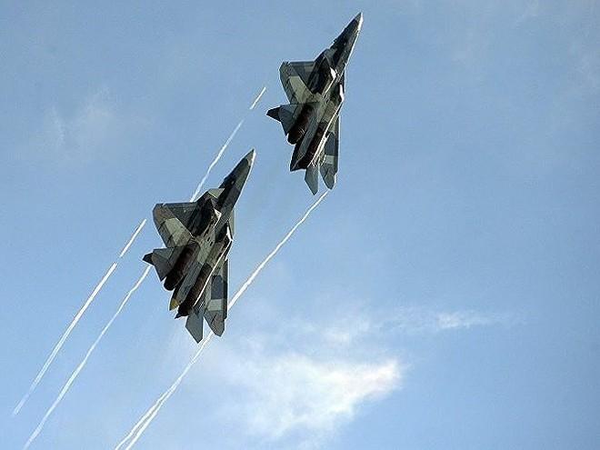 [ẢNH] Lớp sơn đặc biệt mới nhân đôi khả năng tàng hình của Su-57 - Ảnh 2.