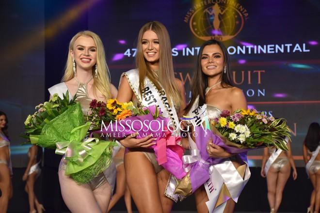 Lê Âu Ngân Anh diễn bikini sexy trong đêm thi quan trọng đầu tiên của Miss  Intercontinental - Ảnh 5.
