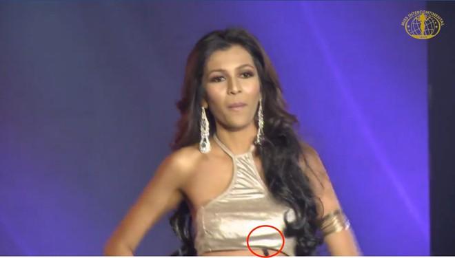 Lê Âu Ngân Anh diễn bikini sexy trong đêm thi quan trọng đầu tiên của Miss  Intercontinental - Ảnh 8.