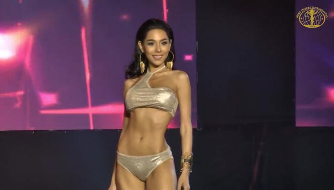 Lê Âu Ngân Anh diễn bikini sexy trong đêm thi quan trọng đầu tiên của Miss  Intercontinental - Ảnh 10.