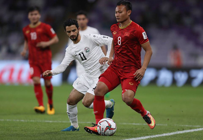 CĐV Châu Á trầm trồ: ĐT Việt Nam là siêu nhân, bàn thắng của Quang Hải như Messi đá phạt - Ảnh 2.