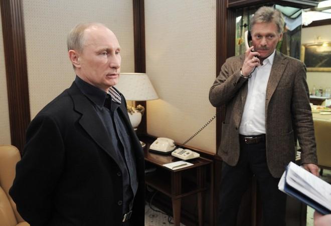 Tổng thống Nga nói gì về chuyện kết hôn và đề xuất đặt tên đại lộ Putin? - Ảnh 2.