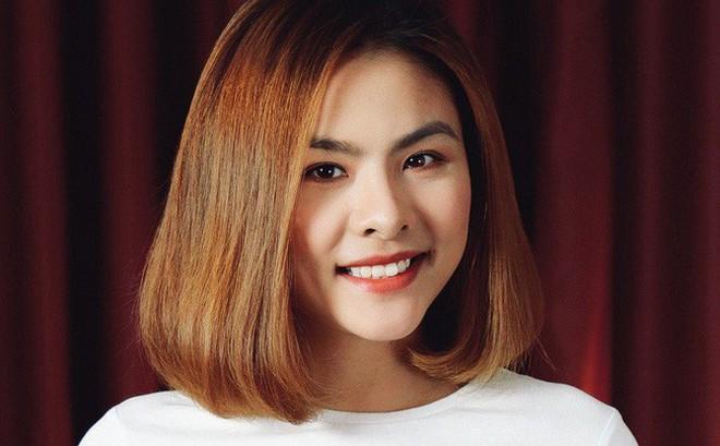 Vân Trang: Khóc rất nhiều, sợ bị khán giả quay lưng khi lấy chồng sinh con trong lúc đỉnh cao sự nghiệp