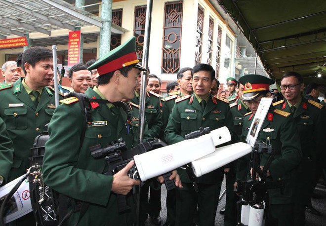 Tuyệt vời trí tuệ Việt Nam: Chế tạo thành công súng bắn máy bay không người lái - Ảnh 1.