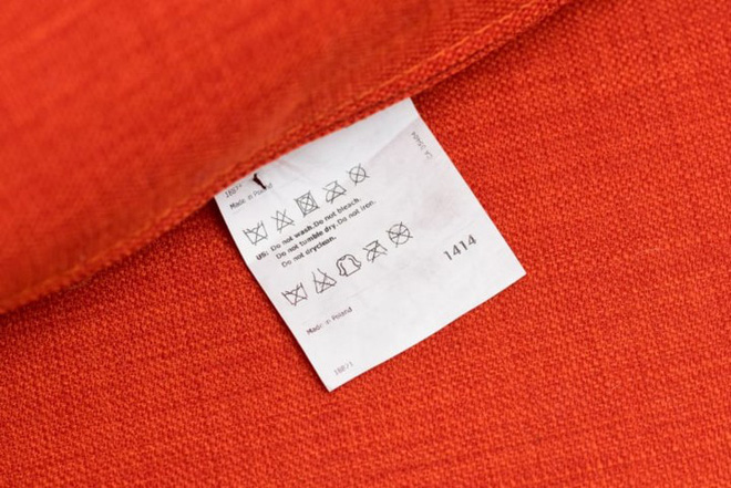Các cách làm sạch ghế sofa chuẩn bị đón Tết - Ảnh 2.