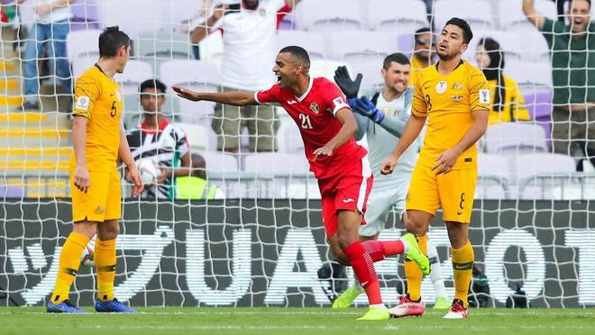 Báo Tây Á nhắc tới con số đáng lo ngại của Jordan trước trận đấu với Việt Nam - Ảnh 1.