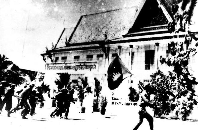 Chìa khóa giải phóng Phnom Pênh: Chiến thuật chưa từng có của Quân Việt Nam ở Campuchia - Ảnh 4.
