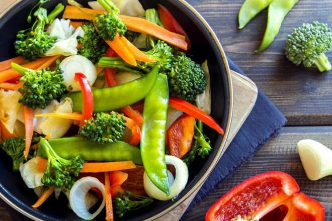 3 giai đoạn bạn không nên nhịn thịt cá để ăn chay: Không chỉ ốm yếu mà còn sinh bệnh - Ảnh 3.