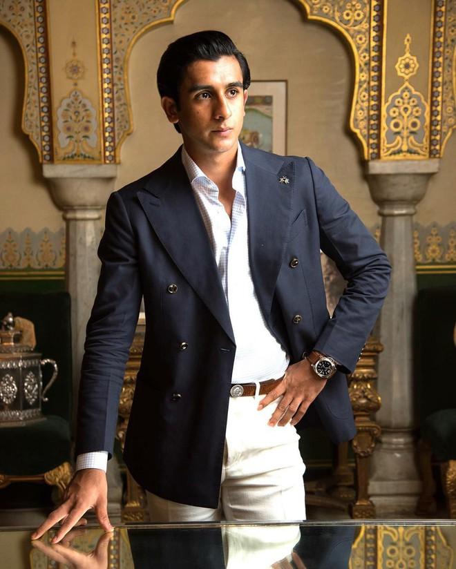 Rich kid oách nhất Ấn Độ: 20 tuổi đã thừa kế ngai vàng, sở hữu khối tài sản hàng trăm triệu đô - Ảnh 20.