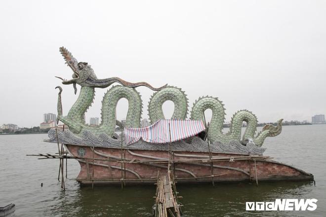 Ảnh: Đôi rồng thời Lý nặng 60 tấn ở Hồ Tây lần đầu được tu sửa đón Tết Nguyên đán - Ảnh 6.