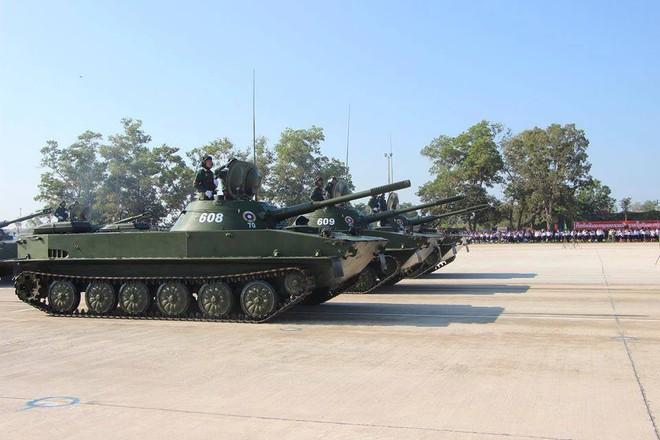 Kiêu hãnh - Tự hào: Vũ khí Made in Vietnam sánh cùng Nga, TQ trong Duyệt binh ở Lào - Ảnh 5.