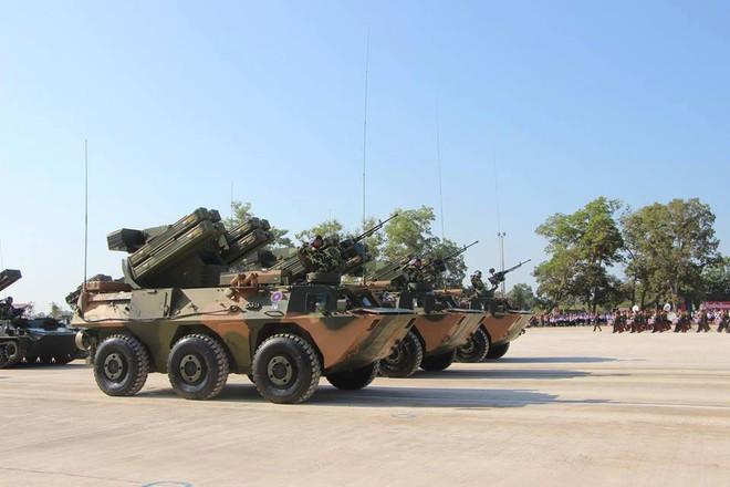 Kiêu hãnh - Tự hào: Vũ khí Made in Vietnam sánh cùng Nga, TQ trong Duyệt binh ở Lào - Ảnh 10.