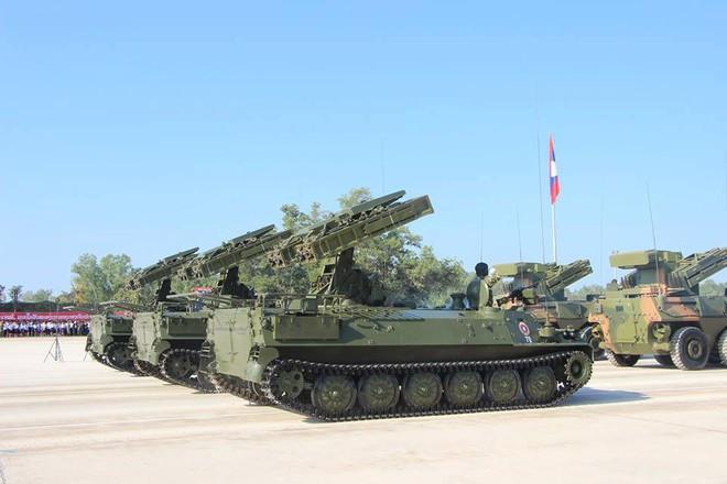 Kiêu hãnh - Tự hào: Vũ khí Made in Vietnam sánh cùng Nga, TQ trong Duyệt binh ở Lào - Ảnh 11.