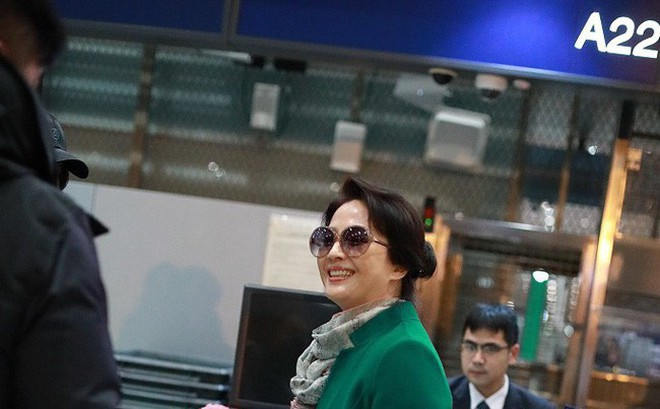 Đẳng cấp nhan sắc nhà Lưu Diệc Phi, mẹ U70 vẫn xinh đẹp trẻ trung và vô cùng khí chất