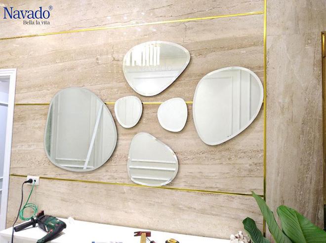 Mách bạn cách chọn gương trang trí vừa đẹp vừa hợp phong thủy cho ngôi nhà - Ảnh 3.