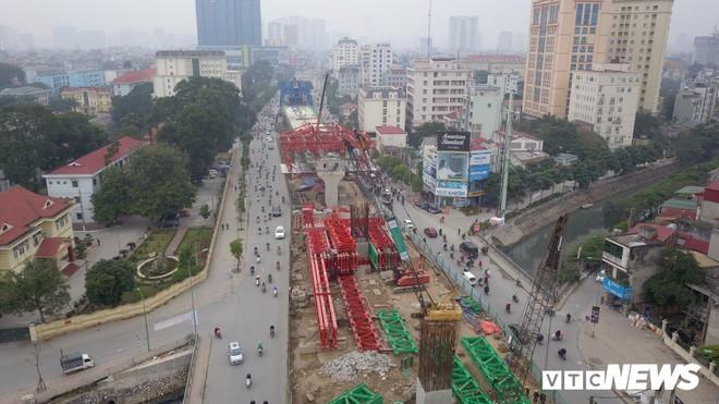 Ảnh: Đại công trường gần 10.000 tỷ đồng trên đường cong mềm mại ở Hà Nội - Ảnh 2.