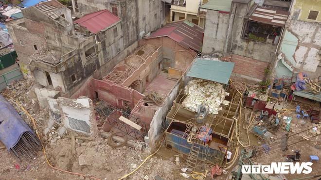 Ảnh: Đại công trường gần 10.000 tỷ đồng trên đường cong mềm mại ở Hà Nội - Ảnh 7.