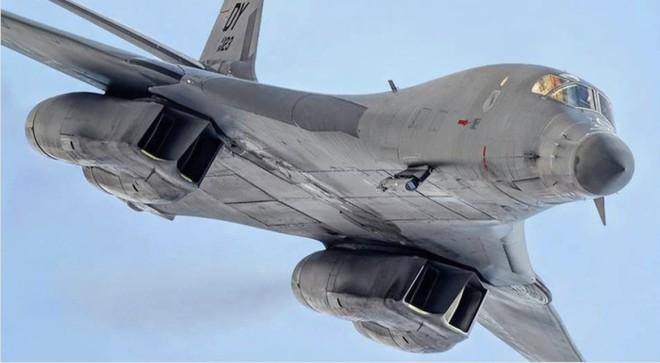 F-22 Mỹ phóng tên lửa tấn công: S-300VM Nga ở Venezuela sẽ chỉ còn là đống tro tàn! - Ảnh 3.
