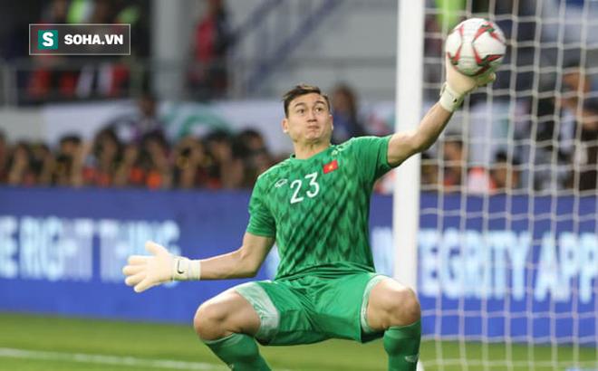 Báo châu Á lại gây tranh cãi khi chấm điểm Đặng Văn Lâm thua kém thủ môn Nhật Bản