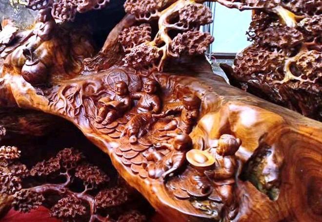 """""""Choáng"""" với bức tượng Phật Di Lặc bằng gỗ hương giá 1,2 tỉ đồng - Ảnh 9."""