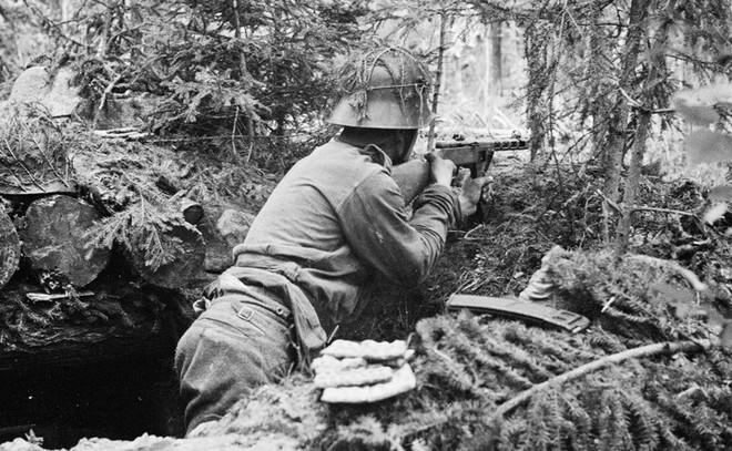 Khẩu súng huyền thoại của Liên Xô trong cuộc chiến Vệ quốc vĩ đại - Ảnh 7.