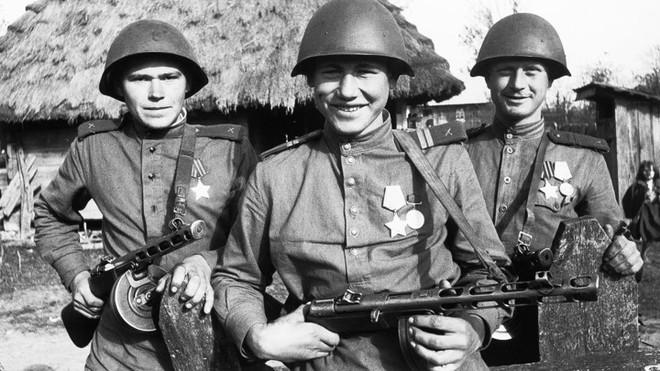 Khẩu súng huyền thoại của Liên Xô trong cuộc chiến Vệ quốc vĩ đại - Ảnh 1.