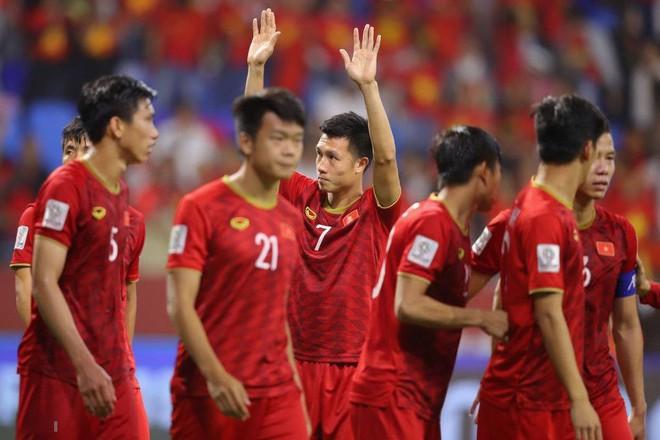 Lọt vào tứ kết Asian Cup, Việt Nam chỉ nhận tiền thưởng bằng Thái Lan, Philippines - Ảnh 1.