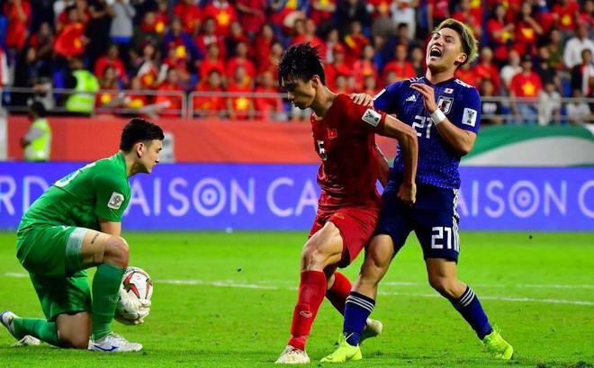 """Sếp bóng đá Nhật Bản: Việt Nam đã làm """"đội quân châu Âu"""" phải vất vả"""