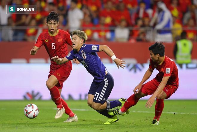 Nỗi oan ức của Ronaldo và điều lạ lùng sau trận đấu Việt Nam vs Nhật Bản - Ảnh 2.