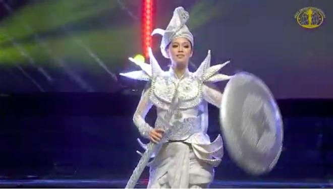 Ngân Anh ngậm ngùi, cười gượng khi để vuột mất ngôi vị Hoa hậu Liên lục địa vào tay Philippines - Ảnh 51.