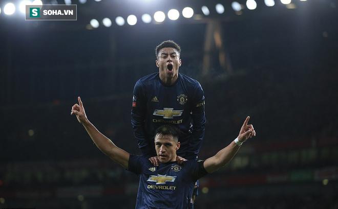 Man United dùng chính người cũ của Arsenal để kết liễu Pháo thủ bằng nhát đòn chí mạng