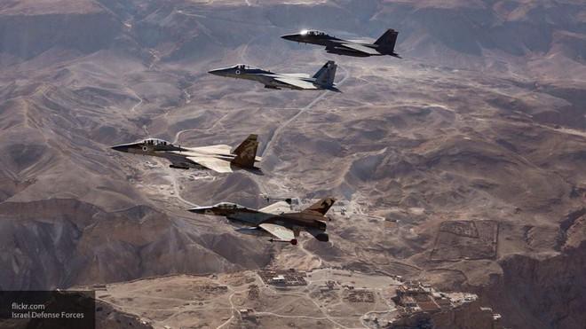 Tấn công Syria: Israel liều lĩnh dùng chiến thuật mới, chưa từng có - Damascus lúng túng - Ảnh 1.