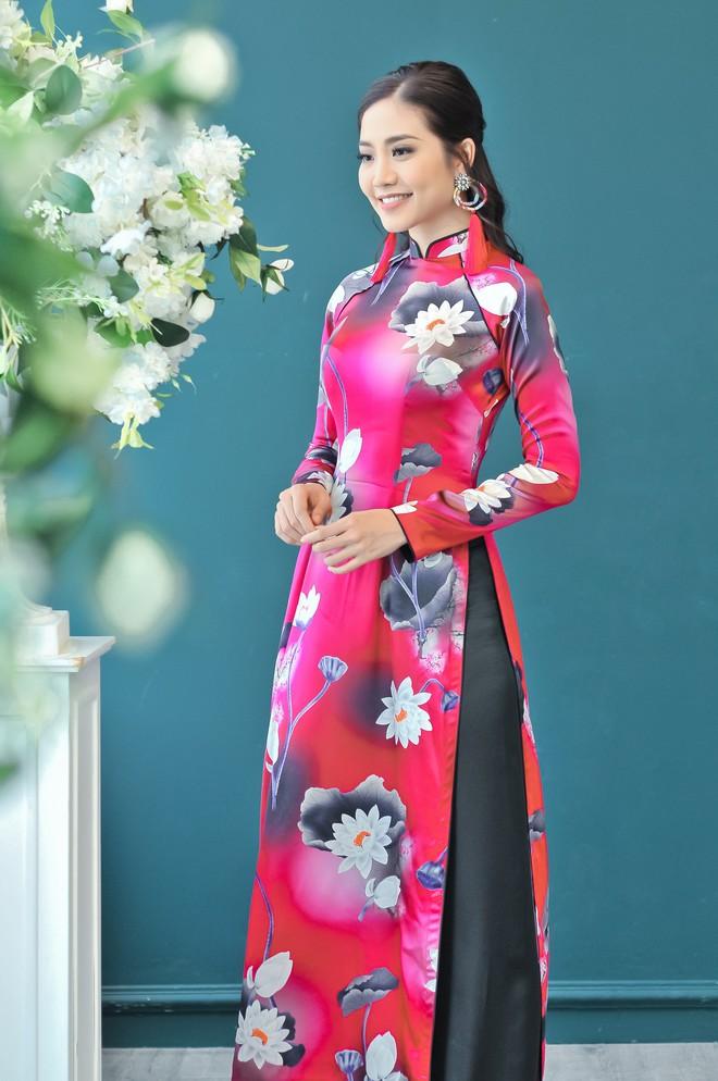 Hoa hậu biển Ninh Hoàng Ngân khoe vẻ đẹp dịu dàng, nữ tính  - Ảnh 11.