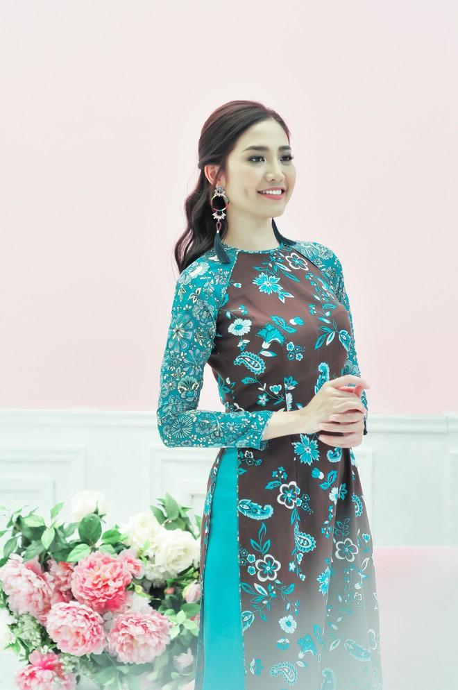 Hoa hậu biển Ninh Hoàng Ngân khoe vẻ đẹp dịu dàng, nữ tính  - Ảnh 2.