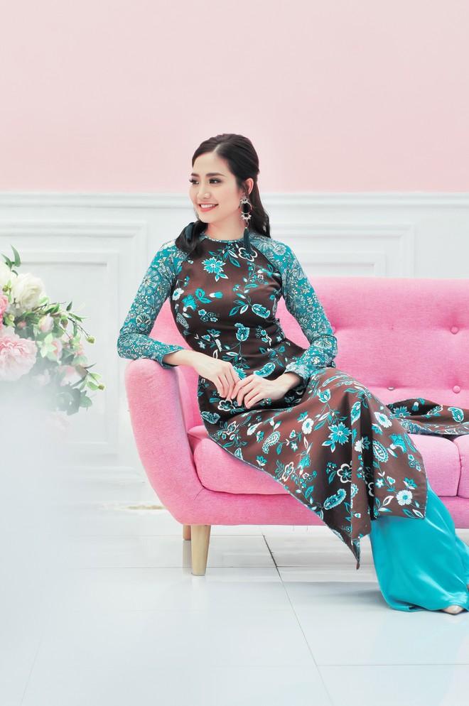 Hoa hậu biển Ninh Hoàng Ngân khoe vẻ đẹp dịu dàng, nữ tính  - Ảnh 1.