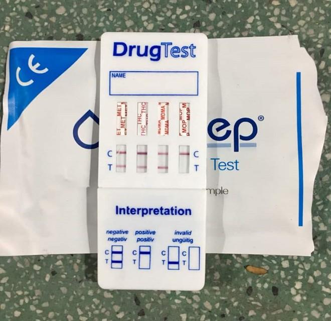 Tiếp tục phát hiện 2 tài xế container chơi ma túy ở quận 7 - Ảnh 1.