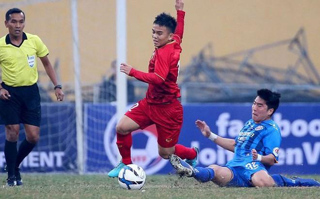 Bóng đá Việt Nam và Thái Lan liên tục chạm trán đầu năm
