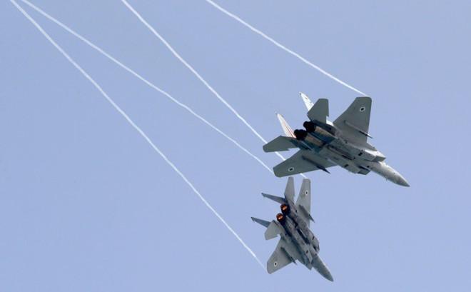 """Israel-Iran chỉ chơi trò """"mèo vờn chuột"""" ở Syria, Nga không cần """"hãm phanh"""" để ngăn chặn rủi ro?"""