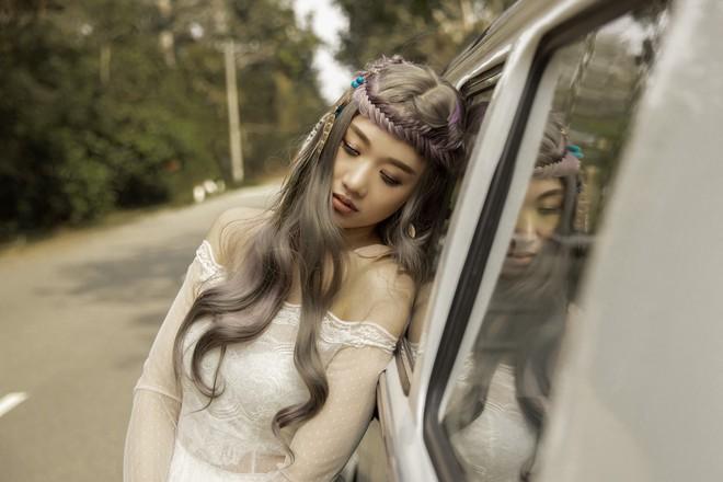 Hari Won cố gắng phát âm rõ tiếng Việt trong MV mới - Ảnh 4.