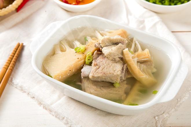 Canh nên là món chính trong bữa ăn: Những người cần đặc biệt chú ý khi ăn để không bị bệnh - Ảnh 4.