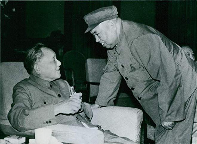 Vì sao Hứa Thế Hữu được chọn làm Tổng chỉ huy quân đội TQ trong Chiến tranh biên giới 1979? - Ảnh 2.