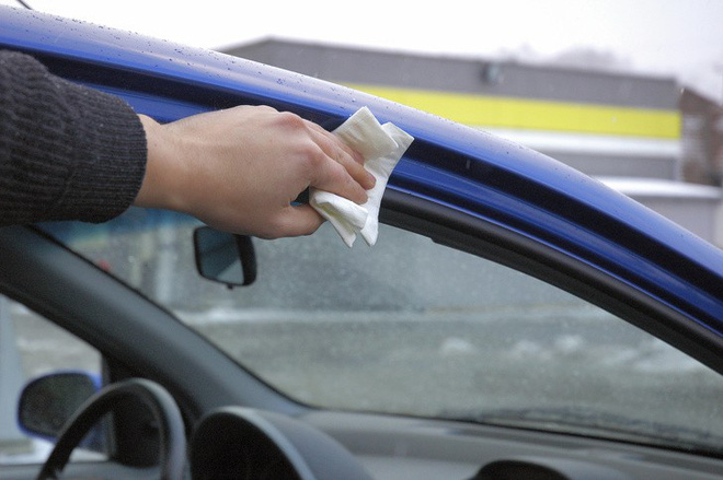Mẹo đơn giản để làm sạch xe ô tô mà chỉ những người lái kinh nghiệm mới biết - Ảnh 6.