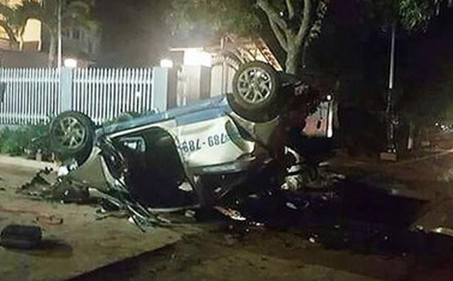 Người phụ nữ say xỉn lái ô tô chở 5 người bạn tông xe máy khiến 3 người tử vong
