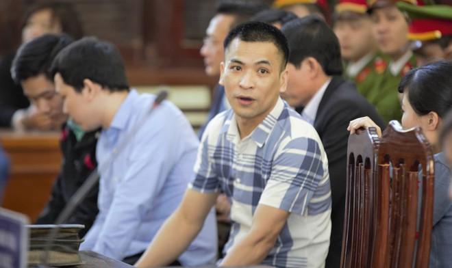 Vụ án chạy thận: Tòa tuyên Hoàng Công Lương 42 tháng tù giam - Ảnh 4.