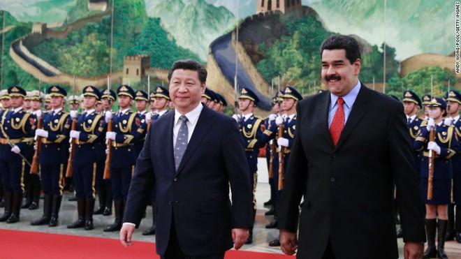 Bênh Venezuela, ông Medvedev hỏi phản ứng của Washington nếu bà Pelosi tự xưng là Tổng thống Mỹ - Ảnh 2.