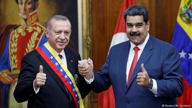 Bênh Venezuela, ông Medvedev hỏi phản ứng của Washington nếu bà Pelosi tự xưng là Tổng thống Mỹ - Ảnh 4.