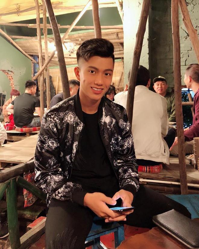 Nghỉ xả hơi ăn Tết, dàn hot boy đội tuyển Việt Nam thi nhau khoe nhà mới, đi chơi cùng bạn gái - Ảnh 11.